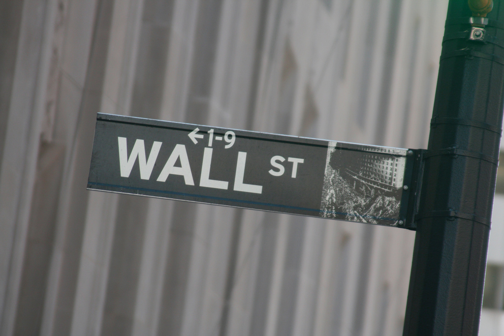 S&P 500 and Dow fall for week